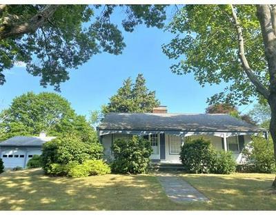 38 HIGHLAND ST, Dartmouth, MA 02748 - Photo 1