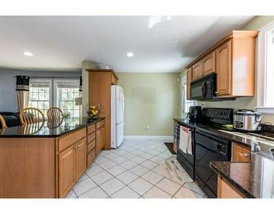 8 WHITINS RD # B, Sutton, MA 01590 - Photo 2