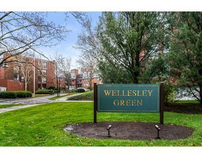 65 GROVE ST APT 343, Wellesley, MA 02482 - Photo 1