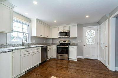 7 EDWARDS RD, WILMINGTON, MA 01887 - Photo 2