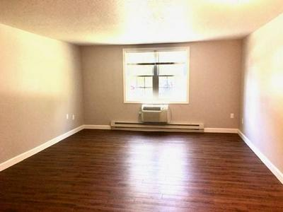 7 BAYBERRY RD APT B, Acton, MA 01720 - Photo 2