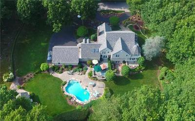 2 TIPPING ROCK DR, East Greenwich, RI 02818 - Photo 1