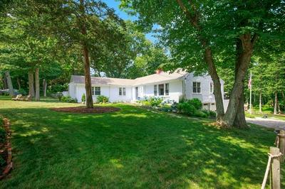 30 INDIAN TRL, Scituate, MA 02066 - Photo 2