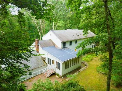 137 UNDERWOOD ST, HOLLISTON, MA 01746 - Photo 2