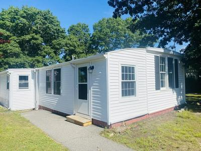 22 CANDLELIGHT DR, Plymouth, MA 02360 - Photo 1