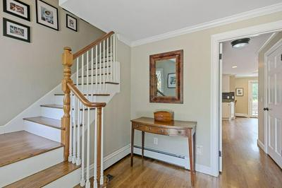 18 SADDLE CLUB RD, Lexington, MA 02420 - Photo 2