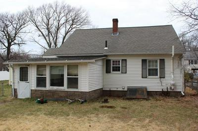 42 PHILLIPS AVE, SHREWSBURY, MA 01545 - Photo 2