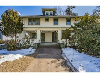 25 OXFORD ST, Springfield, MA 01108 - Photo 1