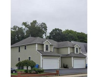 1563 LONSDALE AVE, Lincoln, RI 02865 - Photo 2