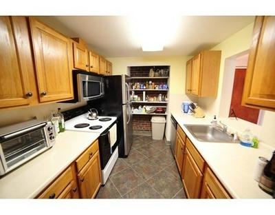 25 GREENTREE LN APT 14, Weymouth, MA 02190 - Photo 2