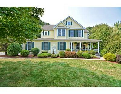 4 COUNTRY CLUB LN, Hopedale, MA 01747 - Photo 1