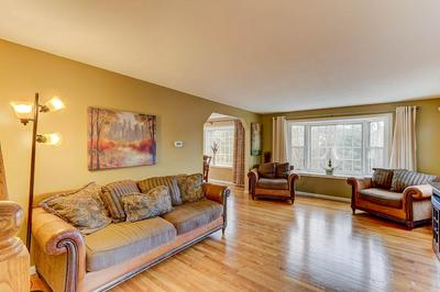 1 GREEN VALLEY RD, MEDWAY, MA 02053 - Photo 2