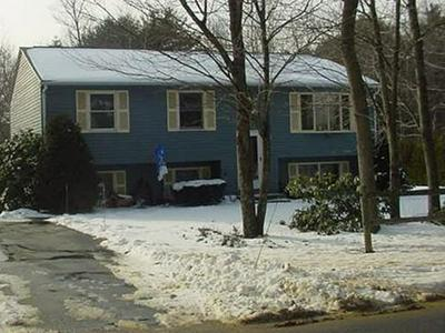 33 BRIMFIELD RD, Holland, MA 01521 - Photo 1