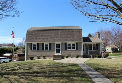 33 KELLY DR, WEST SPRINGFIELD, MA 01089 - Photo 1