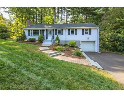 43 CRICKET DR, Sturbridge, MA 01566 - Photo 1