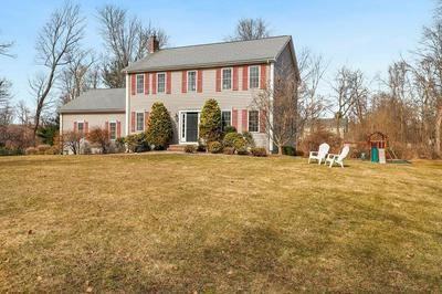 3 WINCHESTER RD, MEDWAY, MA 02053 - Photo 1