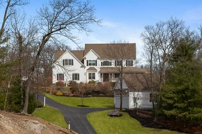 10 MANCHESTER DR, WRENTHAM, MA 02093 - Photo 2