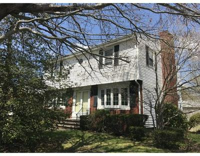 442 EASTVIEW AVE, Somerset, MA 02726 - Photo 1