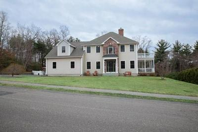 60 CLEARWATER CIR, LUDLOW, MA 01056 - Photo 1