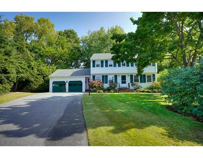 36 HOLLYWOOD RD, Winchester, MA 01890 - Photo 2