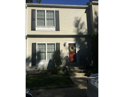 21 WOOD HOLLOW LN # 21, East Providence, RI 02916 - Photo 1