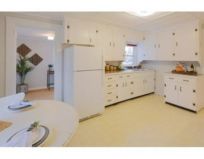 3 MIDDLE ST, Marlborough, MA 01752 - Photo 2