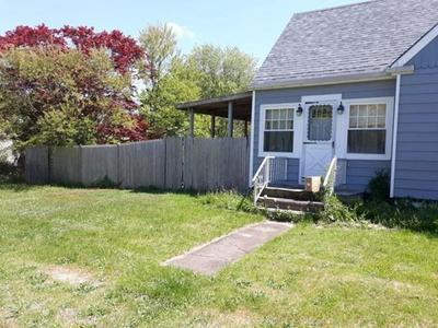 44 CALUMET RD, Fairhaven, MA 02719 - Photo 2