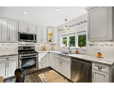 1040 FRANKLIN ST, Melrose, MA 02176 - Photo 2