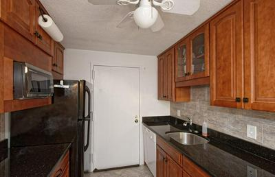 21 VILLAGE ROCK LN APT 6, Natick, MA 01760 - Photo 2