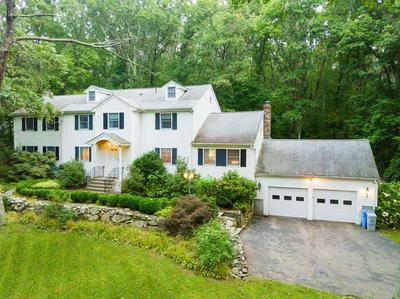 137 UNDERWOOD ST, HOLLISTON, MA 01746 - Photo 1