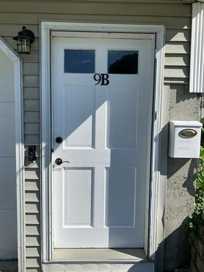 9 HARRIMAN ST # B, Lawrence, MA 01841 - Photo 2