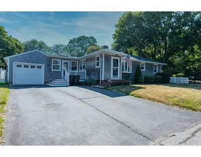 374 RUSSELLS MILLS RD, Dartmouth, MA 02748 - Photo 1