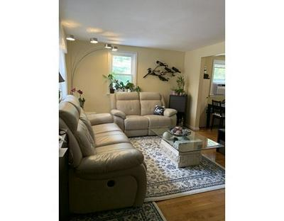 34 CHARLES RD # 34, Winchester, MA 01890 - Photo 2