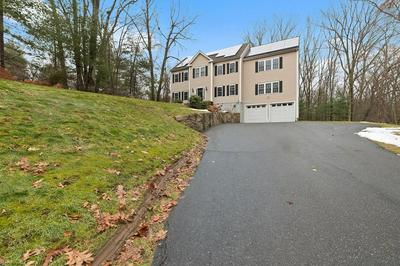 94 BREAKNECK HILL RD, SOUTHBOROUGH, MA 01772 - Photo 2