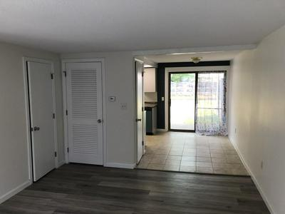 146 COLLEGE HWY APT 15, Southampton, MA 01073 - Photo 2