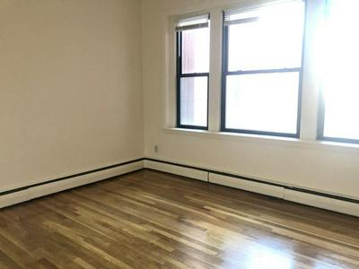 1242 COMMONWEALTH AVE APT 22, BOSTON, MA 02134 - Photo 1