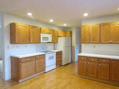 10 WOOD ST # 10, SHREWSBURY, MA 01545 - Photo 2