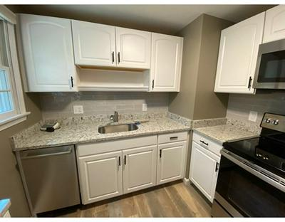 9 FAYETTE RD # 9, Bedford, MA 01730 - Photo 1