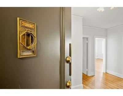 285 HARVARD ST # 205A, Cambridge, MA 02139 - Photo 2
