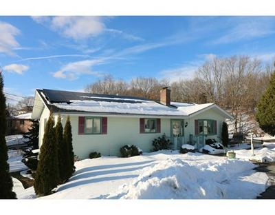 10 SUNSET HILL RD # A, Gloucester, MA 01930 - Photo 1