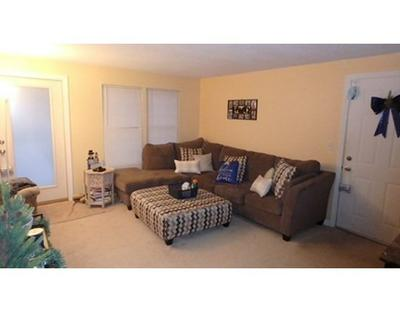 7 THOREAU CT APT 3, Natick, MA 01760 - Photo 1