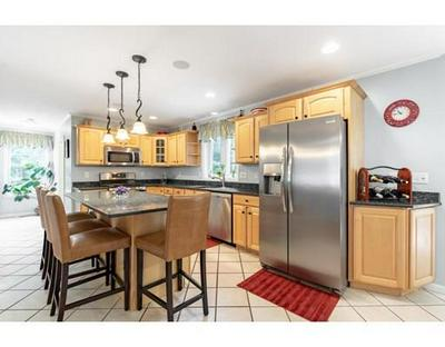 7 STRATTON RD, Mansfield, MA 02048 - Photo 2