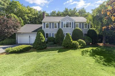 11 CIDER MILL RD, Medway, MA 02053 - Photo 2