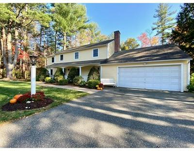 4 BLUEBERRY HILL RD, Wilbraham, MA 01095 - Photo 1