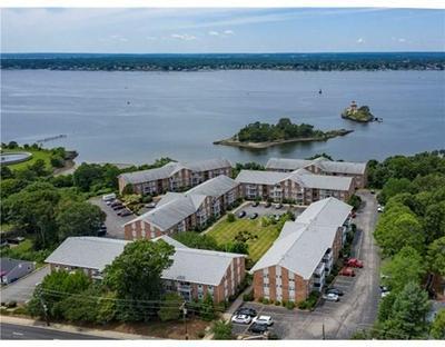 27 BULLOCKS POINT AVE APT 8C, East Providence, RI 02915 - Photo 1