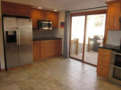 18 CIRCLE DR, DUDLEY, MA 01571 - Photo 2