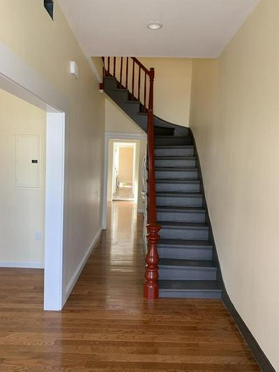 27 MOUNT PLEASANT ST # 1, Somerville, MA 02145 - Photo 2