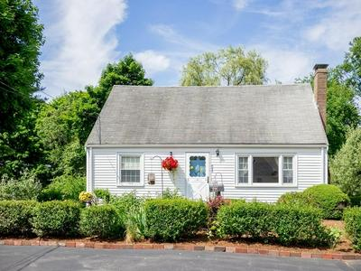 665 MIDDLE ST, Braintree, MA 02184 - Photo 2