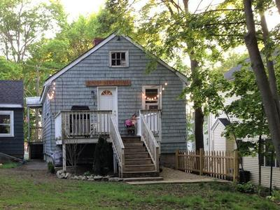 35 MIDDLESEX ST, Wakefield, MA 01880 - Photo 2
