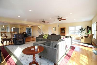 14 ELM ST, FRANKLIN, MA 02038 - Photo 2